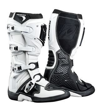 Picture of PERFORMANCE BOOTS WHITE